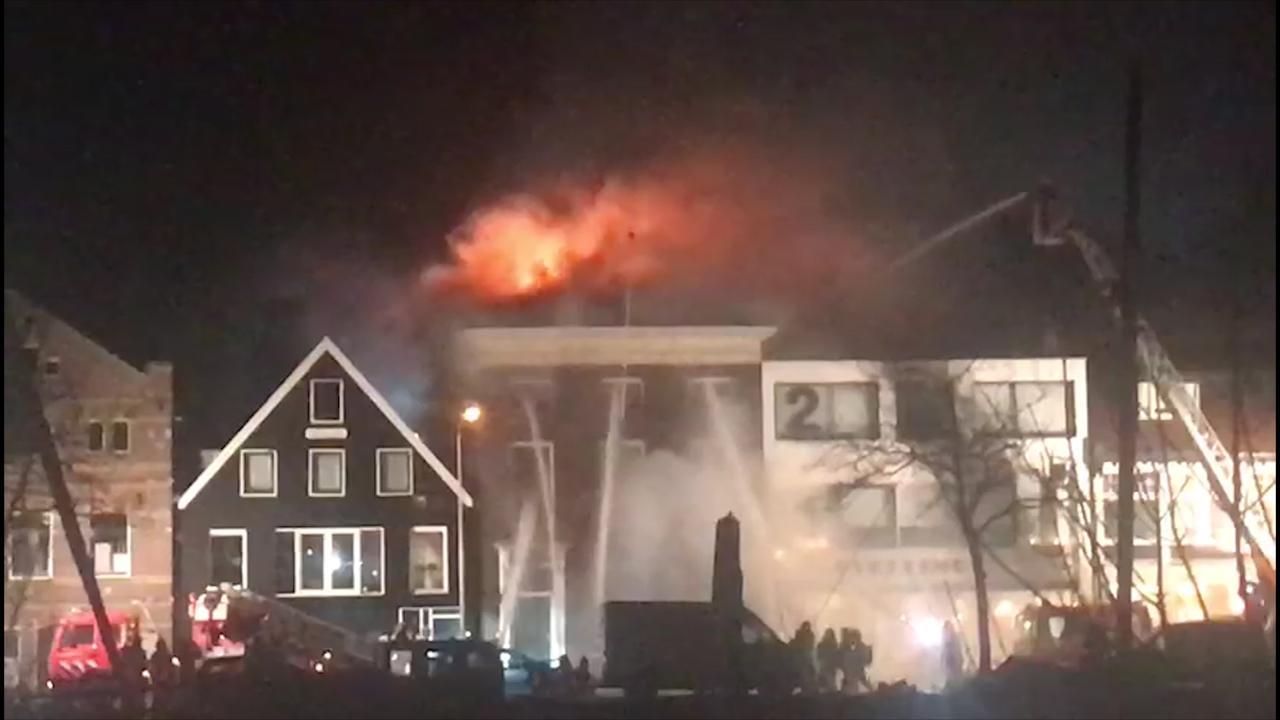 Flinke rookontwikkeling door brand in Wormerveer