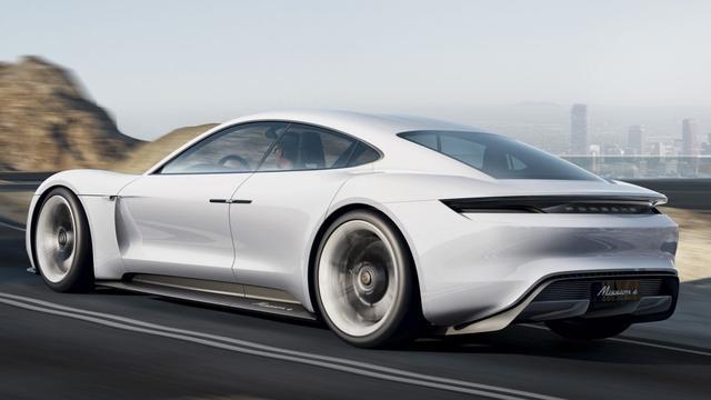 Porsche: 'Al tienduizend orders binnen voor elektrische Taycan'