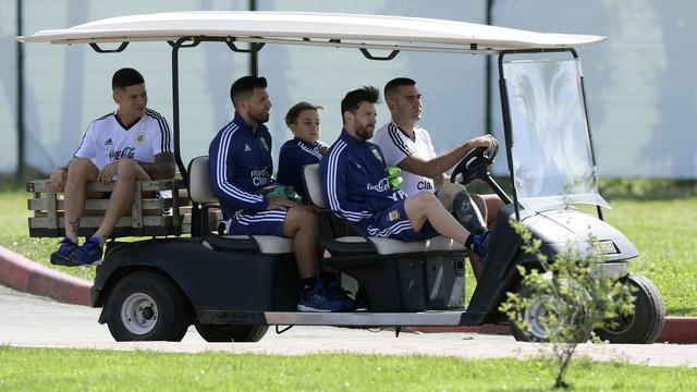Argentijnse bondscoach Sampaoli vindt druk op Messi onnodig groot