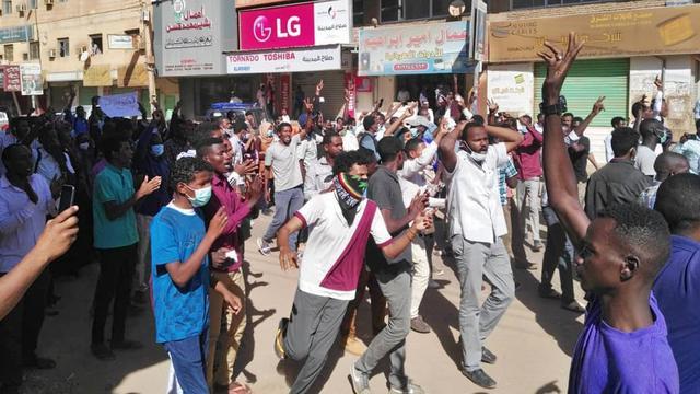 Soedanese regering: Dodental aanhoudende protesten opgelopen tot 24