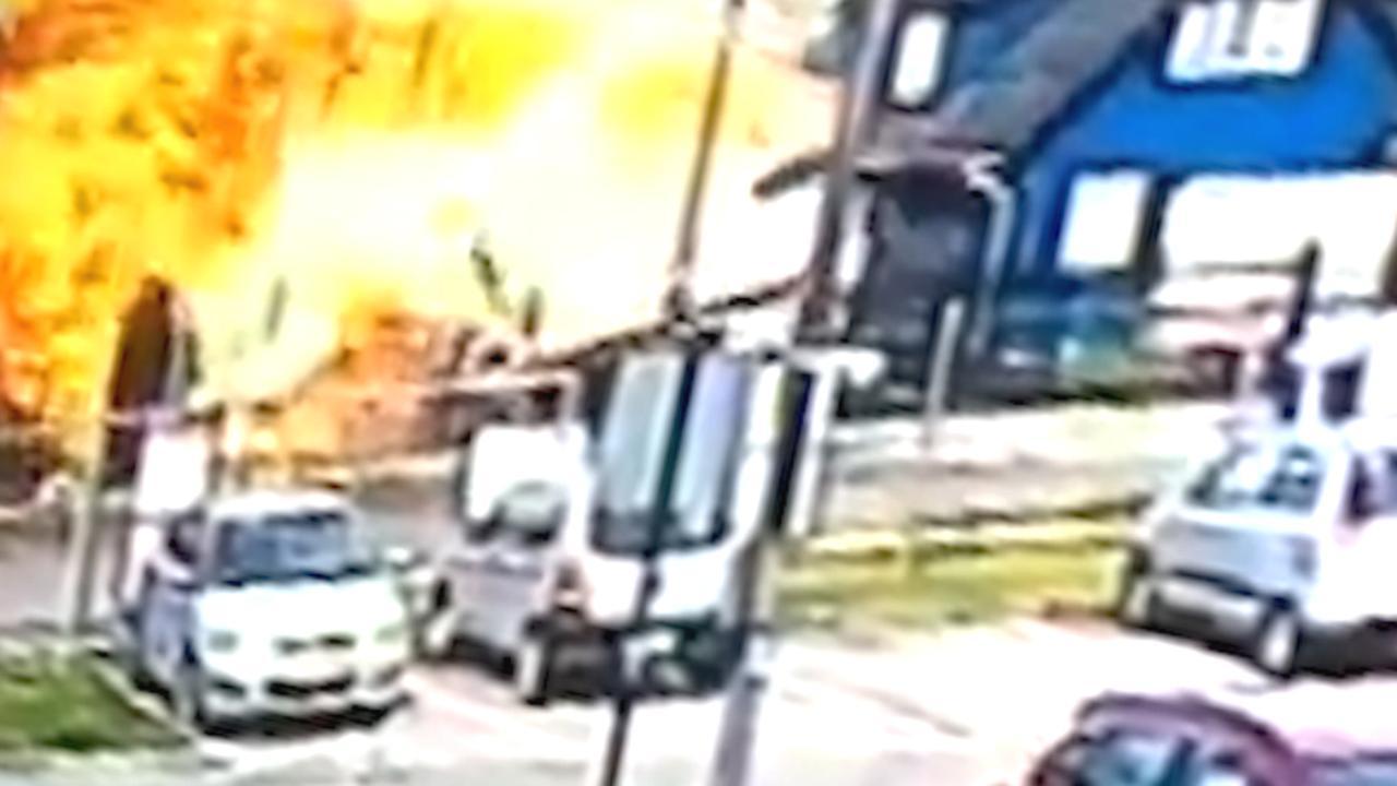 Nieuw beeld toont hoe vliegtuig op huis crasht in Chili