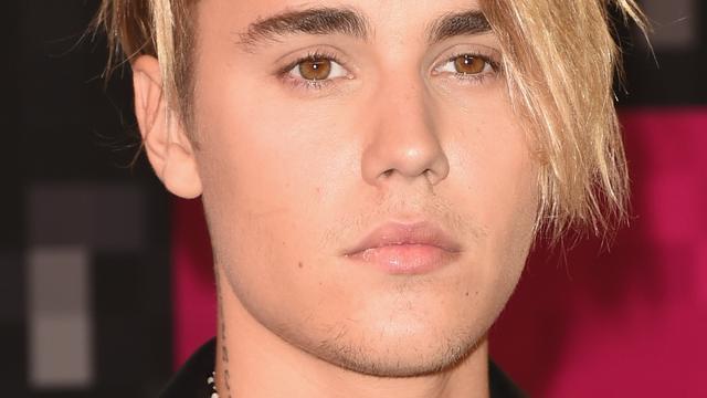 Justin Bieber verdrietig door documentaire over Amy Winehouse