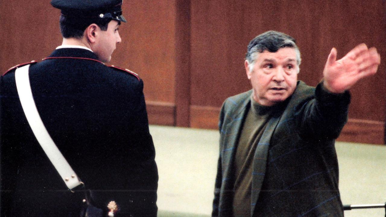 Het leven van 'baas der maffiabazen' Toto Riina in beeld