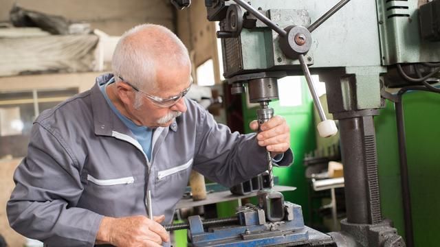 Hoogleraar: 'Hogere pensioenleeftijd is funest voor lageropgeleiden'