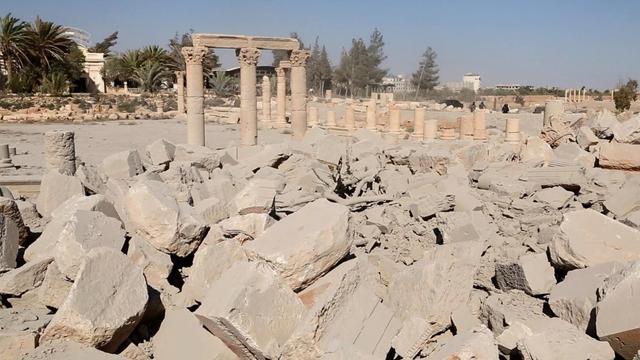 'IS vernietigt tempels om plunderingen te verbergen'