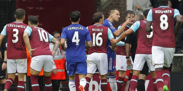 FA bestraft West Ham en Chelsea voor wangedrag in derby