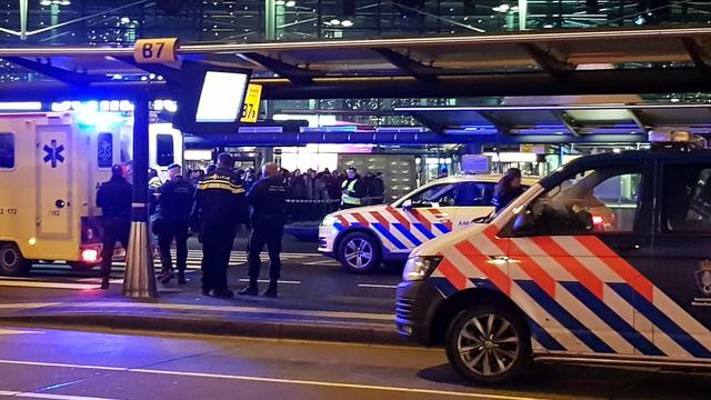 Nog niets duidelijk over motief man met mes op Schiphol