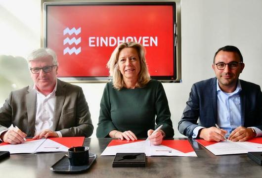 Minister ondertekent deal voor 27.000 nieuwe woningen in regio Eindhoven