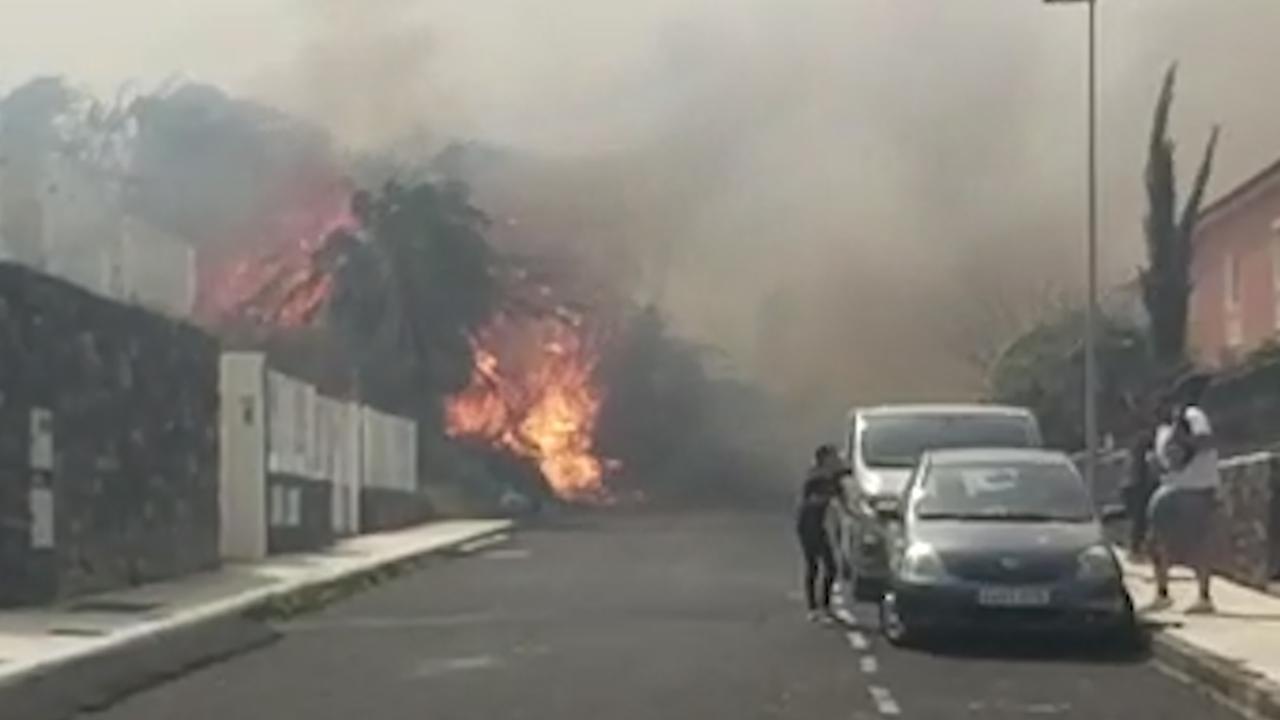 Gevaarlijke bosbranden en zandstorm op Canarische Eilanden