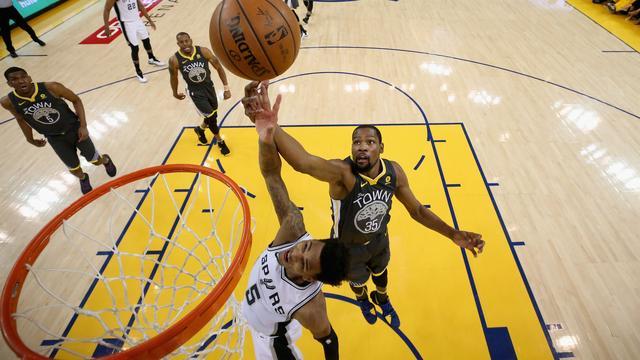Warriors ook in tweede play-offduel NBA te sterk voor Spurs