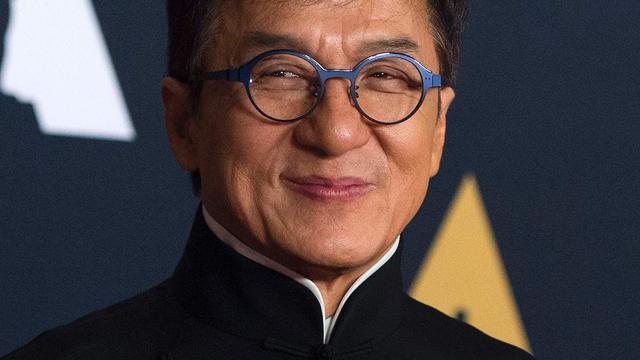 Dochter Jackie Chan zegt dakloos te zijn door 'homofobe ouders'