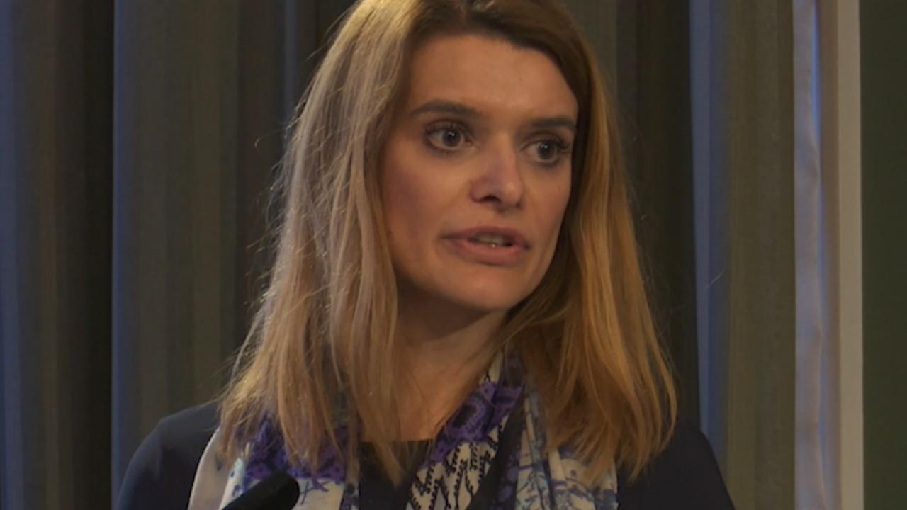 Staatssecretaris biedt excuses aan voor fouten met chroom-6