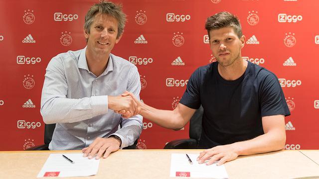 Klaas-Jan Huntelaar keert na 8,5 jaar terug bij Ajax
