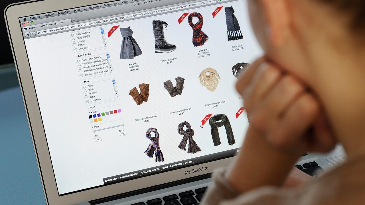 Zeven op de tien Nederlanders winkelen online