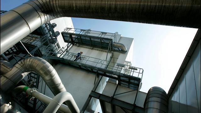 'Wiebes wil nieuwe stikstoffabriek voor minder afhankelijkheid Gronings gas'