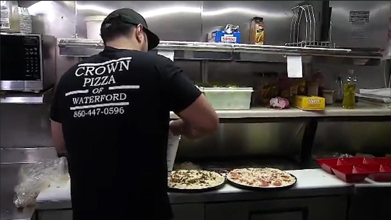 Pizzabakker gaat voor wereldrecord meeste kaas op een pizza