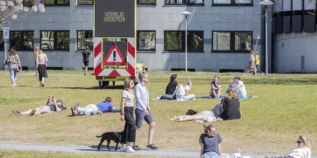 Utrecht gaat weer strenger handhaven op coronamaatregelen