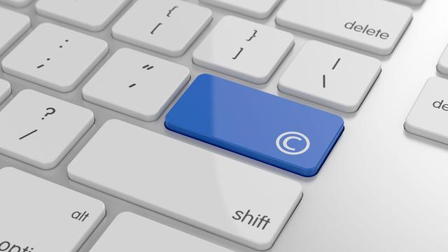 Elf EU-landen zijn op laatste moment toch tegen 'linktaks' en 'uploadfilter'