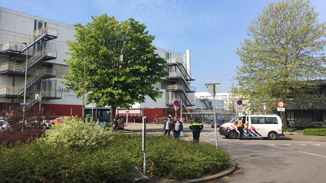 Gewonde in IJsselland Ziekenhuis na ongeval met perazijnzuur.