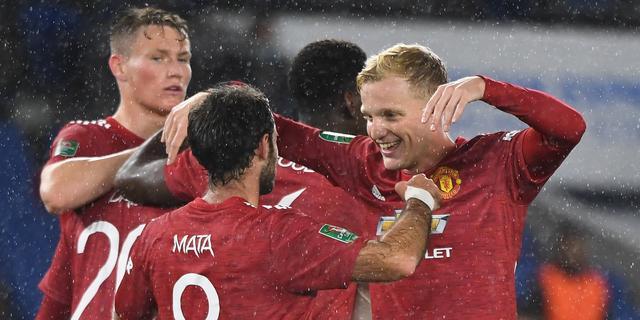 Fraaie assist Van de Beek bij bekerzege United, moeizame overwinning Real