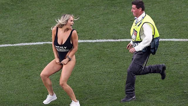 Streaker in Champions League-finale haalt miljoen Instagram-volgers binnen