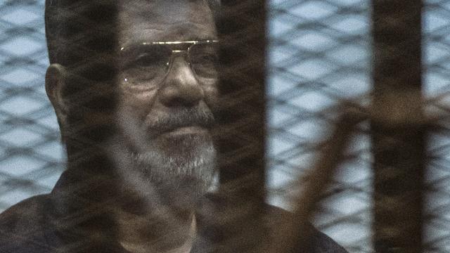 Het nieuws van 16 mei: Mursi ter dood veroordeeld in Egypte
