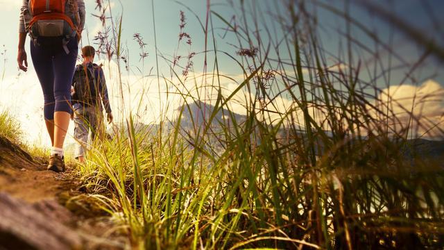 Actieve versus luie vakantie: 'Voor diverse mensen is uitrusten hard werken'