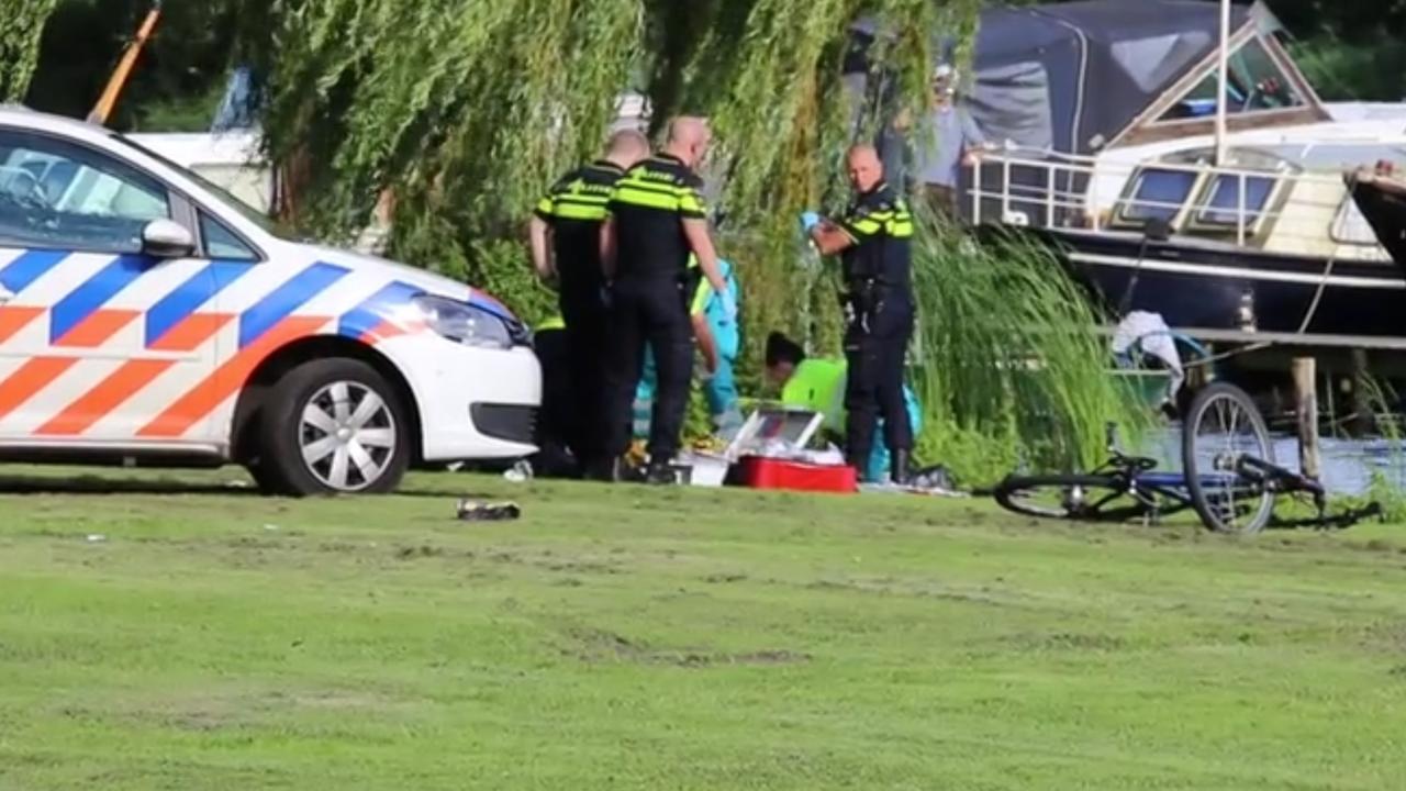 Jongetje van drie verdronken in water Zaandam