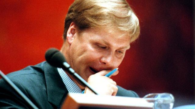 Oud-staatssecretaris Robin Linschoten (VVD) ontkent belastingfraude