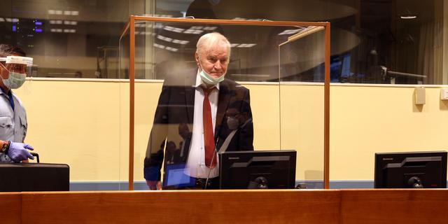 Advocaten 'Slager van Srebrenica' Mladic willen uitstel in hoger beroep