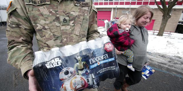 Amerikaanse gouverneur biedt excuses aan voor watercrisis Flint