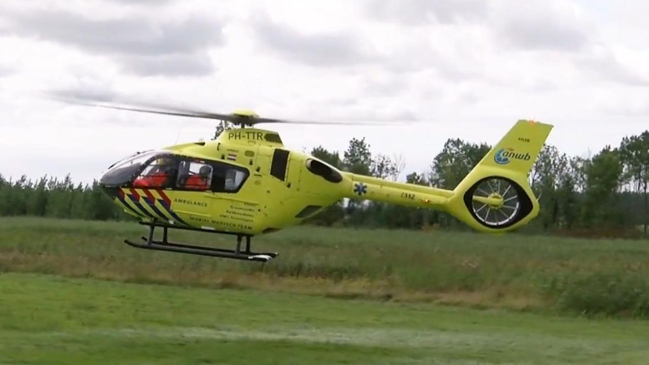 Helikopter vervoert gewonden na zwaar ongeval Wilhelminadorp