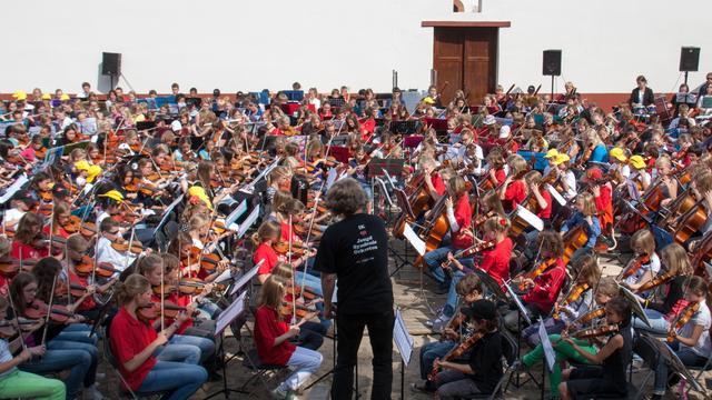 Vijfhonderd jonge muzikanten treden op in Archeon