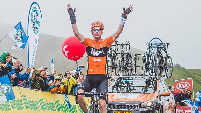 Weening blijft peloton net voor in tweede etappe Ronde van Luxemburg