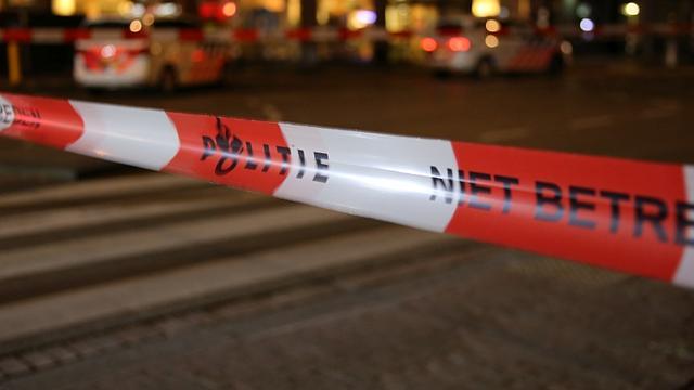 Helmondse politie schiet na geramd te zijn door bestelbus