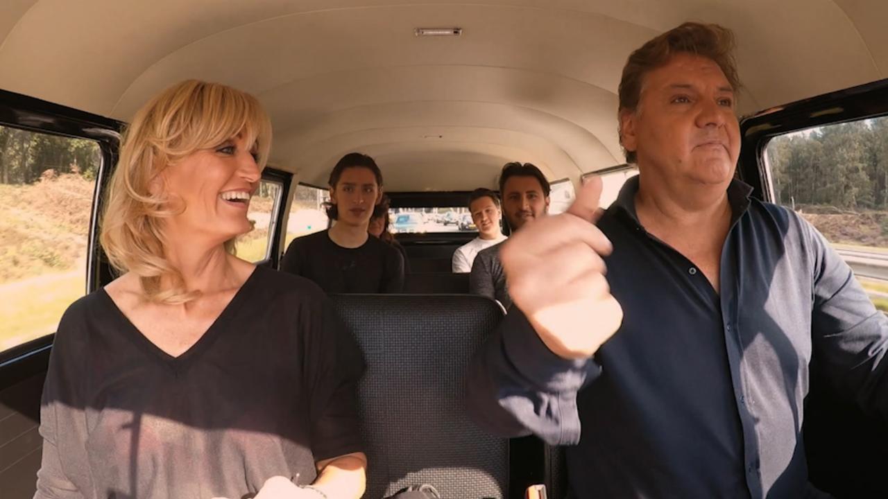 Frogers zingen hits van vroeger in vooruitblik 'Groeten Uit 19xx'