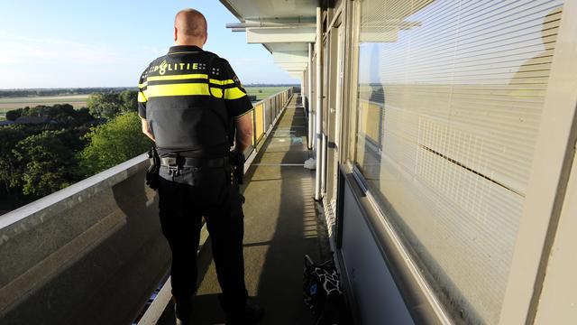 Agent Uithoorn neergestoken tijdens arrestatie