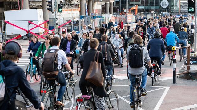 Nederlander fietst nog evenveel, maar we trappen minder hard