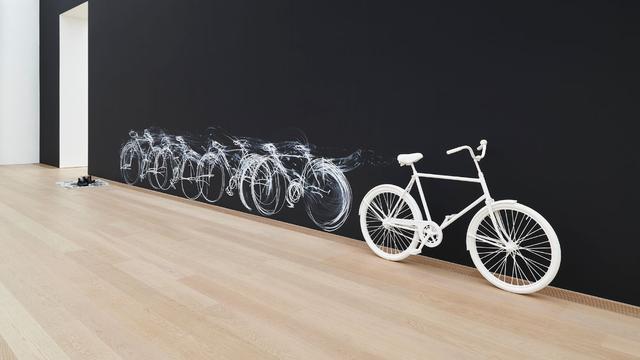Chalk Bicycle van Robin Rhode.