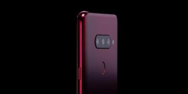 LG toont V40 ThinQ-telefoon met vijf camera's