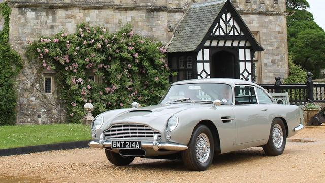Aston Martin DB5 uit James Bond-film onder de hamer