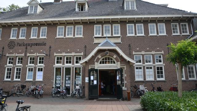 Fonds Alphen doneert 40.000 euro aan beheerstichting Parkvilla