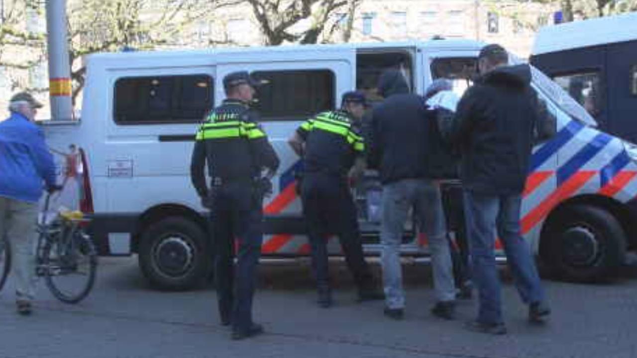Arrestaties bij demonstratie Pegida Den Haag