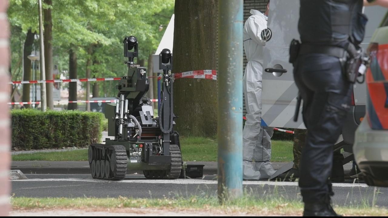 Explosieven Opruimingsdienst bij gevonden explosief in pinautomaat Berkel-Enschot