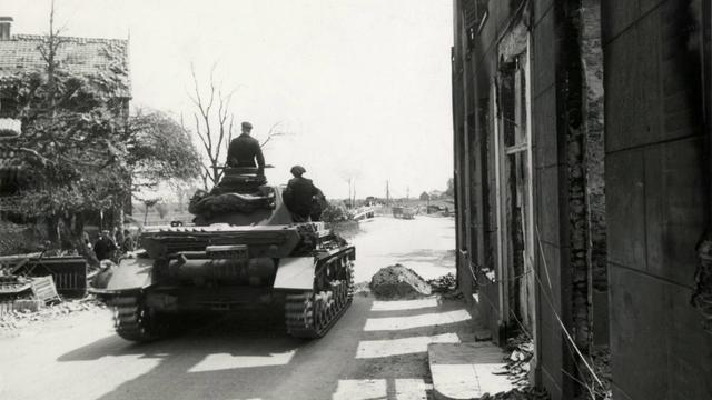 Gestolen Duits servies uit WO II ontdekt door Heerlense juwelier
