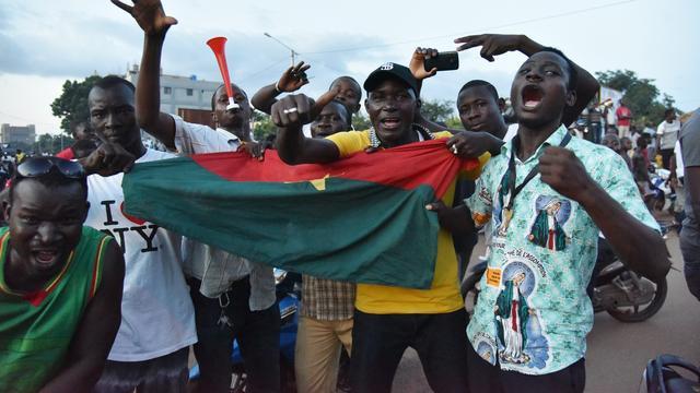 Interim-president Burkina Faso terug op post