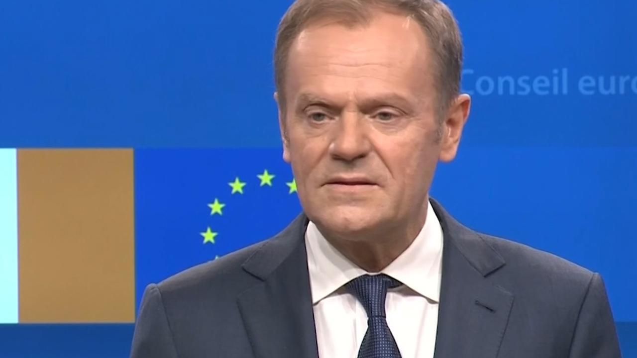 EU-topman Tusk haalt fel uit naar Brexiteers