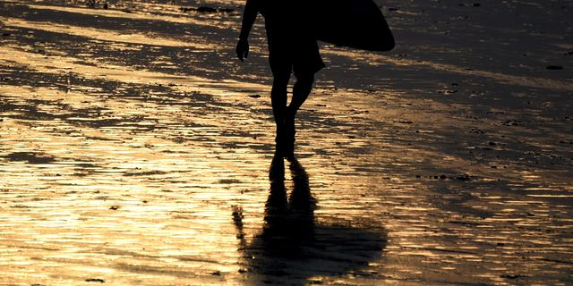 Schotse surfer na dertig uur op zee gered