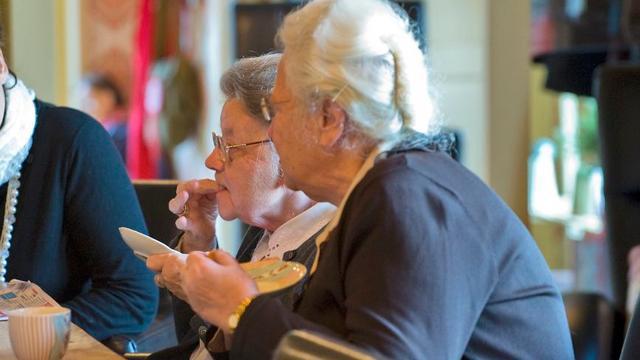 Langer thuiswonende ouderen hebben hogere zorgkosten