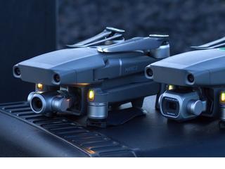 Beide drones kosten ruim 1.000 euro
